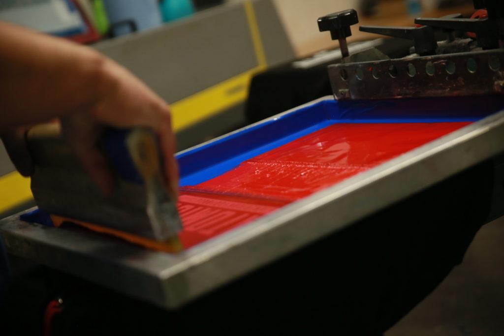 Application de l'encre sur un textile